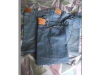 3 pairs men's Levi jeans