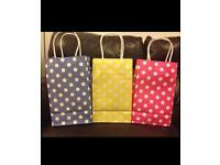 Luxury Gift Bags/Party Bags Various colours/designs (1pack/10bags)