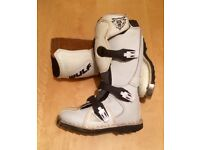 Kids Childrens Wulfsport Mx Motocross Boots