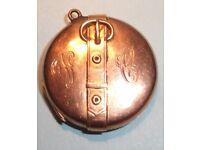 9ct GOLD Edwardian Locket. Hallmarked Chester 1906. Good Condition.