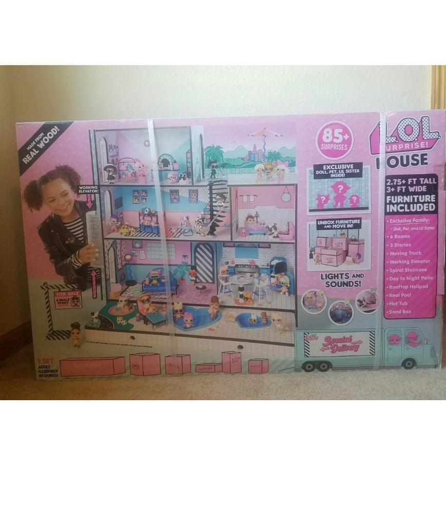 L O L Surprise House Ultimate Doll House Brand New In Box