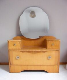 Lebus vintage dressing table in good condition