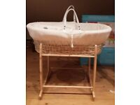 Clair de lune cream waffle wicker moses basket with deluxe rocking stand
