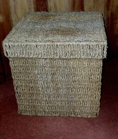 """SET OF 3 SEAGRASS STORAGE CUBES LIDDED 16"""" / 13"""" / 10"""" CUBES FIT INSIDE EACH OTHER"""
