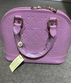 LV mini shell women handbag in Pink colour