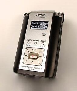 Enregistreur portatif MP3/WAV Roland Edirol R-09 (A037392)