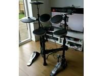 Roland TD-4KP V-Drums, fantastic condition, portable, including Mapex pedal