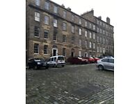 Scotland Street - Large Room Available Now