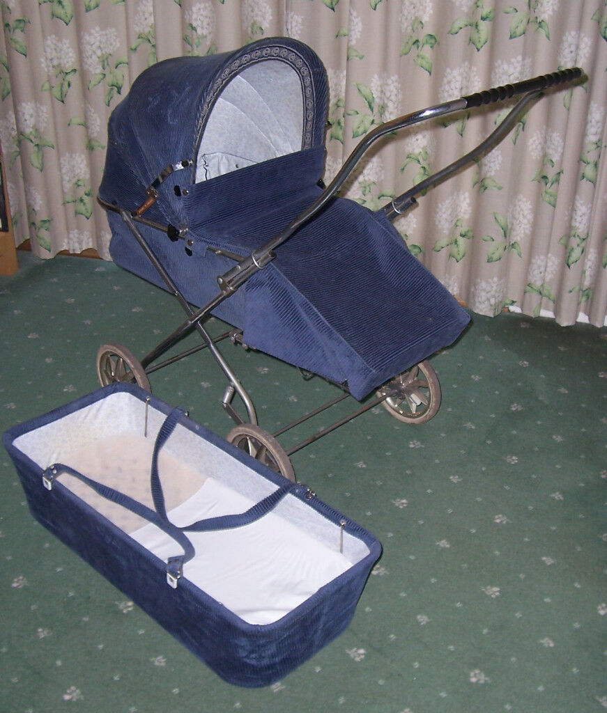 Push Chair/pram with carry cot