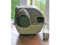 Omega Paw self cleaning cat litter box tray