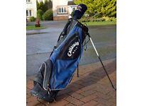 Callaway 3.5 Ultra lightweight carry Golf bag, dual strap, hood, integrated stand.