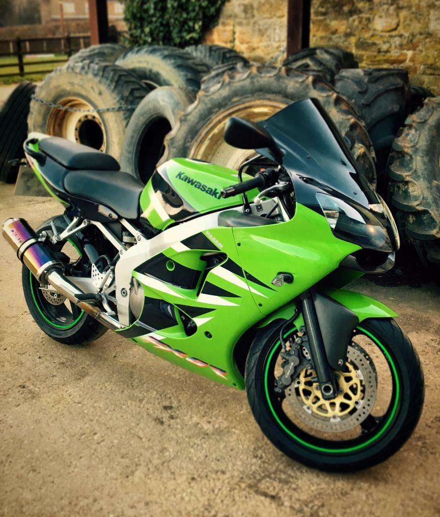 Kawasaki Zx6r J2 In Brackley Northamptonshire Gumtree