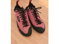 FiveTen Anasazi climbing shoes, uk size 4