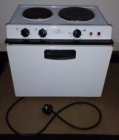 Belling BABY121R Electric Cooker with Solid Plate Hob - White - £35