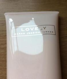 Lovely body lotion Sarah Jessica Parker