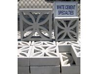 Concrete screening blocks