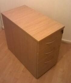 3 drawer office cabinet / Wood