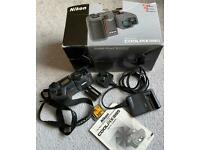 Nikon Coolpix 995 Camera, card, battery and charger (FOR SPARES OR REPAIRS)