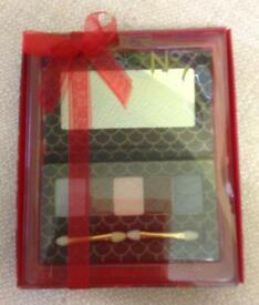 NEW No7 Eye Palette with Mirror