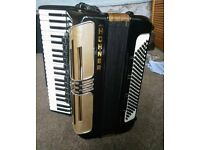 Hohner Atlantic IV piano accordion