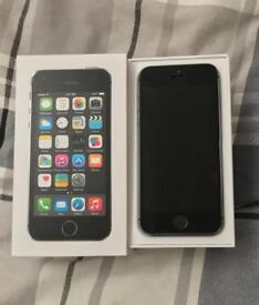 Unlocked iPhone 5s 16gb with accessories