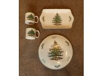"""Christmas Spode Mince Pie Tray / 10"""" Cake Stand and Two Mugs"""