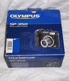 Olympus SP-350 compact enthusiast/semi-pro level digicam - mint condition+ extras