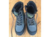 ORVIS Wading Boots Size 6 (River Guard Side-Zip Boots with EcoTraX Soles)