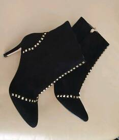 Zara suede studded ankle boots uk 4 SOLD OUT !