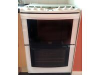 Gas Cooker - Double Oven with Grill - 4 gas hobs - Parkinson Cowan - White