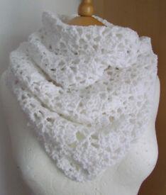 Crochet white tube scarf £10