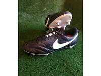 Nike premier SG size 8.5
