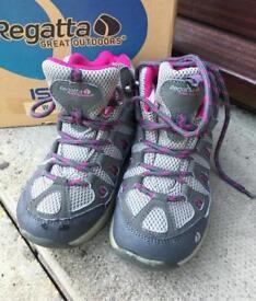 Regatta size 12 junior walking boots