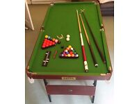 Folding Pool Table 6ft x 3ft for £50 only with a Budweiser cue for sale!