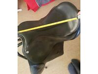 "Cliff Barnsby 17"" Leather Saddle"