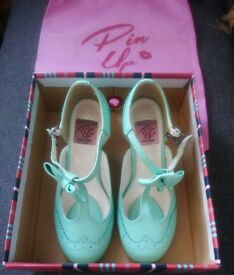 Pin Up Couture 3 inch kitten heel, mint green, retro, vintage, UK size 4 shoes.