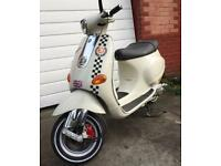 Piaggio Vespa ET2 50cc Scooter. 12 months MOT Excellent Condition