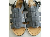 Women's Lovey NEXT Blue Leather Summer Flat Sandals Size 8 (40)