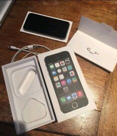 iPhone 5S - 64GB Vodafone BOXED With Accessories