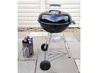 Weber 47cm Charcoal BBQ / Barbecue/ Barbeque