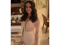 BERTA BRIDAL wedding gown UK size 8 (4US) model 14-03. FREE VEIL with wedding dress