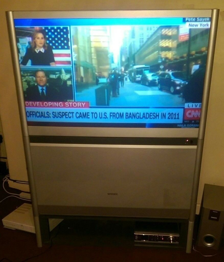 """Toshiba 43"""" rear projection TV 