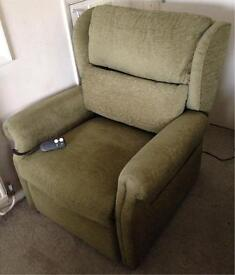 CAN DELIVER Grande 24 Inch Seat Riser Recliner Armchair Rise Recline Chair
