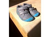 Start rite first walker shoes size 4H nearly new
