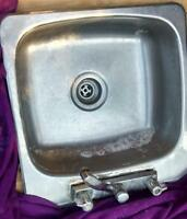 Single kitchen sink for sale