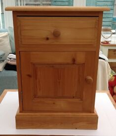 Pine Country Farmhouse Style Pine Cabinet