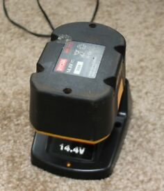 RYOBI 14.4V BATTERY AND CHARGER