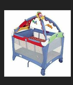 travel cot with bassinet and play bar