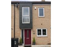 Modern 2 Bedroom House For Sale In North Chingford (Gilwell Hill) - O.I.R.O