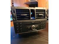 W204 Mercedes C Class radio/Satnav Unit *maps installed*